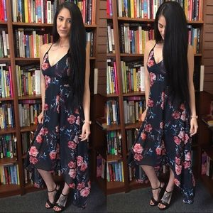 Dresses & Skirts - Floral High Low Flowy dress